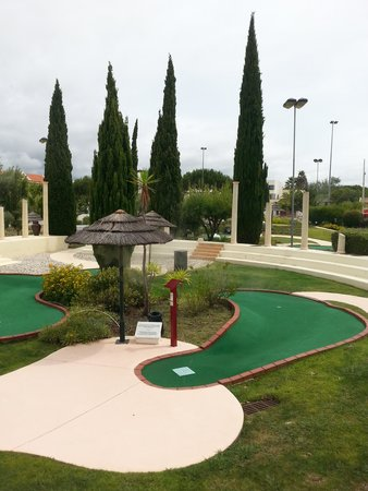 Family Golf Park: Great courses, well kept