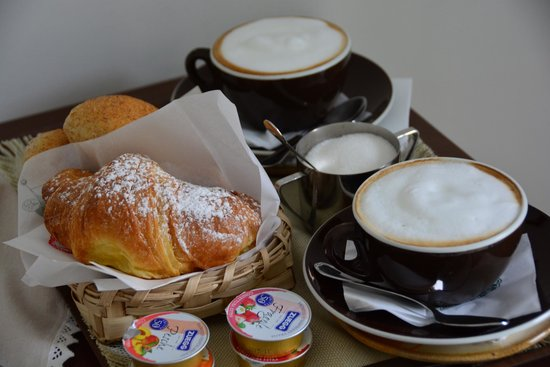 Residence La Tavolozza : Breakfast