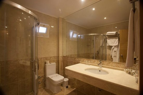 Letoonia Club & Hotel: standart bathroom
