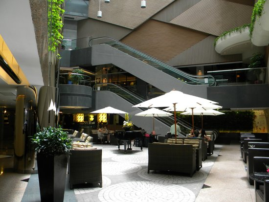 The Cityview Hong Kong: Hotel  ground floor cafe