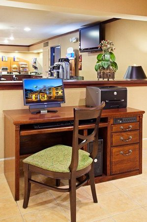 Holiday Inn Express Abingdon: Our business center