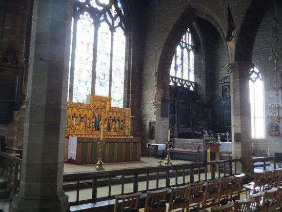 Chesterfield Parish Church/Crooked Spire: Church interior