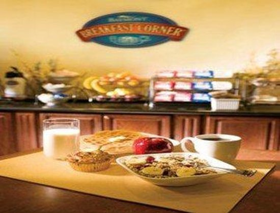 Baymont Inn & Suites - Lax/Lawndale: Breakfast