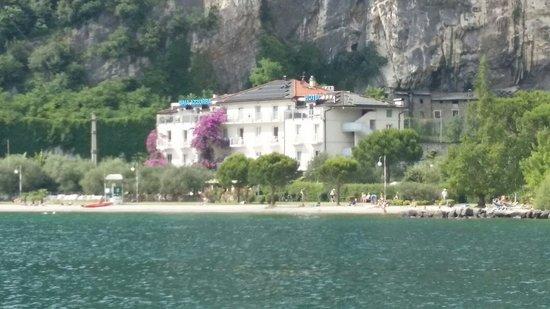 Hotel Baia Azzurra : From the windsurf centre