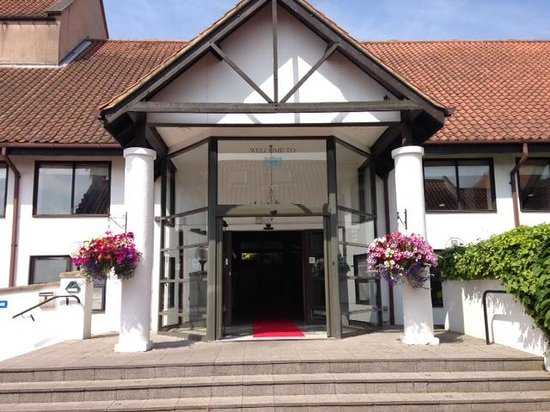 Hellaby Hall Hotel: Hellaby Hall main entrance