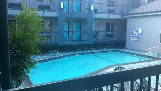 Quality Inn Hollywood: Pool