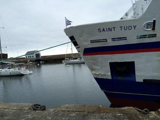 Ile de Groix : Port Tudy, navette de la compagnie Oceane