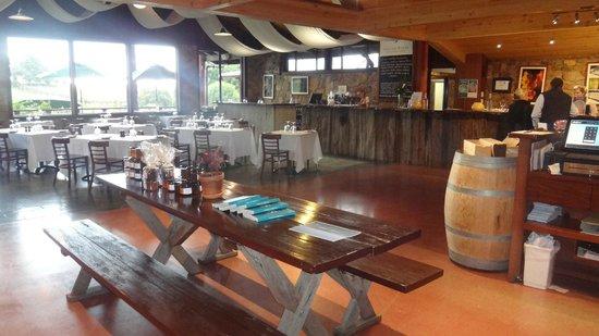 Cullen Wines - Cullen Restaurant: Inside the restaurant