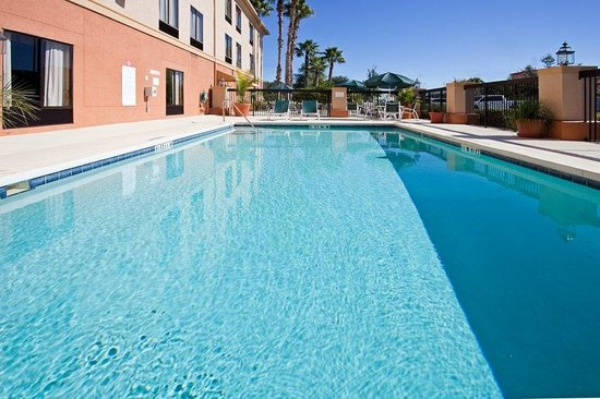 Holiday Inn Express Clermont: Swimming Pool