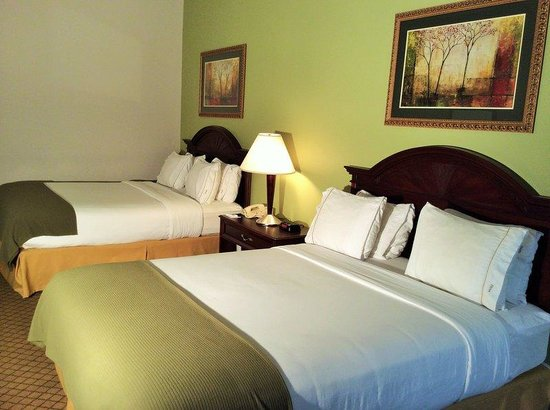 Holiday Inn Express Milford: Double Bed Guest Room