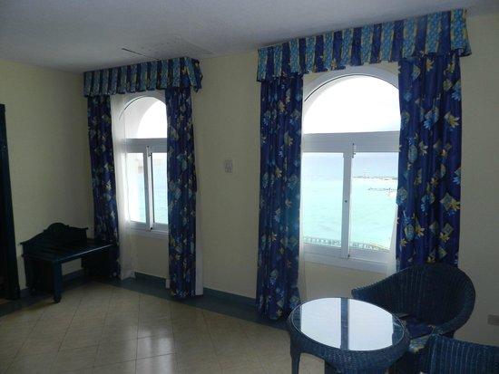 Hotel Riu Cancun: Vista da janela do quarto