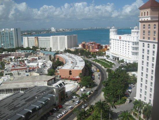 Hotel Riu Cancun: Vista da zona hoteleira