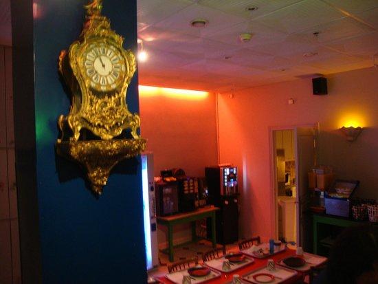 Hotel de Roubaix : Alegre y colorido