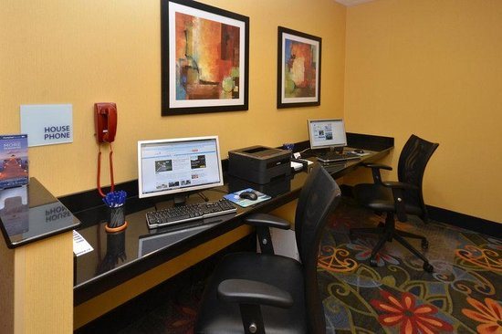 Holiday Inn Express Richmond Northwest I-64: Get work done on the road in our business center.