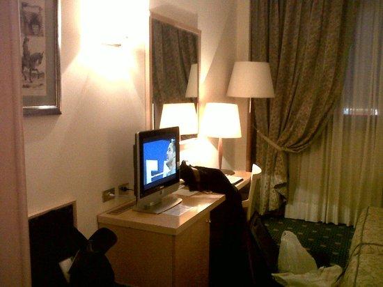 ADI Hotel Poliziano Fiera: camera