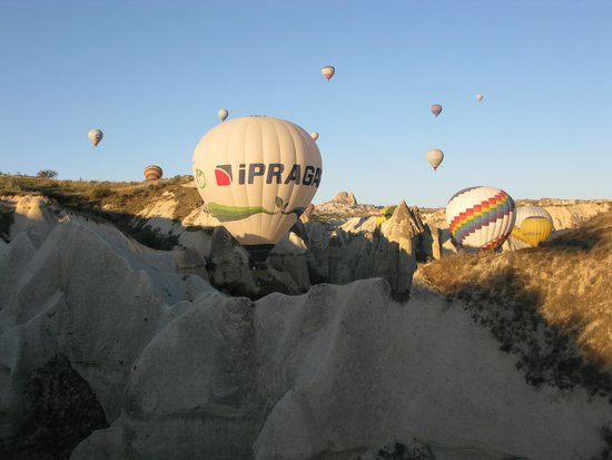 Cappadocia Voyager Balloons: flying close to the site