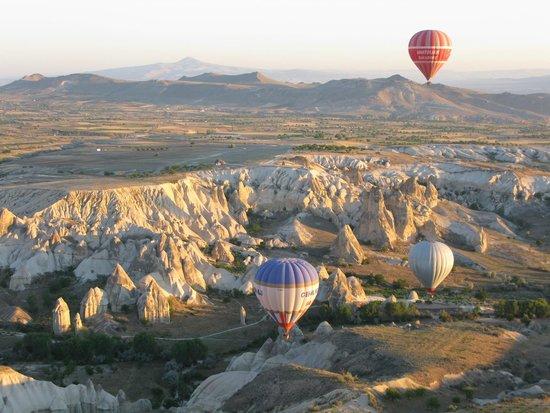Cappadocia Voyager Balloons : overall view