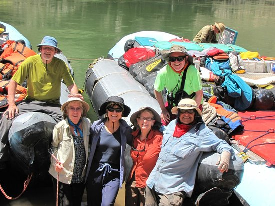 Colorado River & Trail Expeditions: Picture showing configuration of CRATE rafts