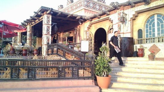 Royal Mirage Agadir Hotel: Magnifique restaurant à Agadir