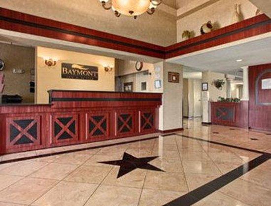 Baymont Inn & Suites Florida Mall: Lobby