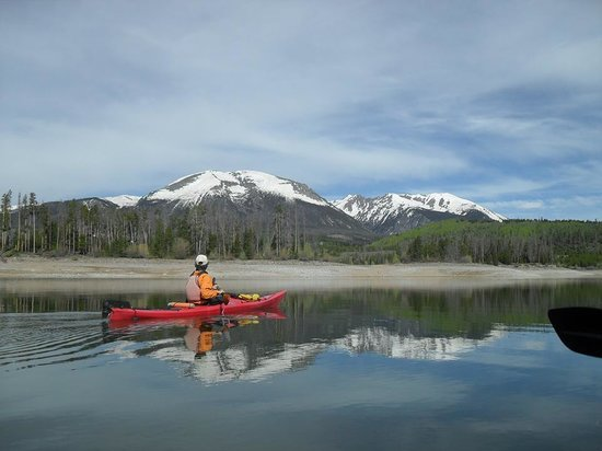 Adventure Paddle Tours : Our Kayak guide