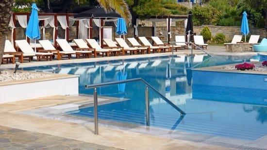 Mykonos Theoxenia: Hotel pool