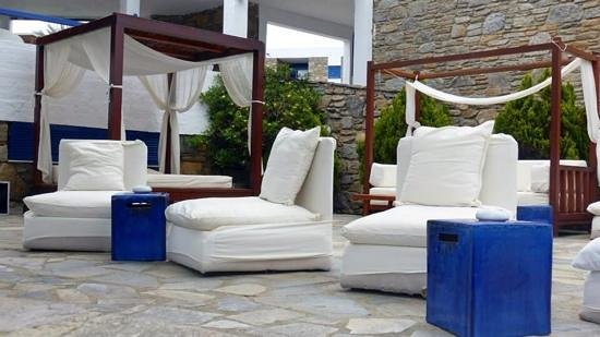 Mykonos Theoxenia: Hotel grounds