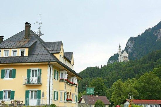Hotel Müller: Castle view
