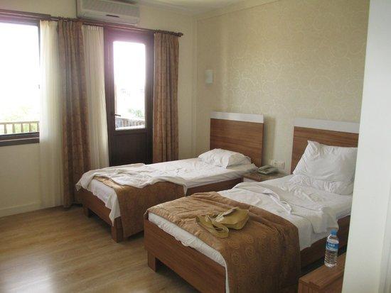 Binlik Hotel : Room 612