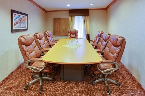 Holiday Inn Express Hotel & Suites : Catamount Boardroom