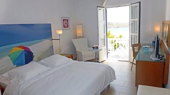 Petasos Beach Hotel & Spa: Inside hotel room