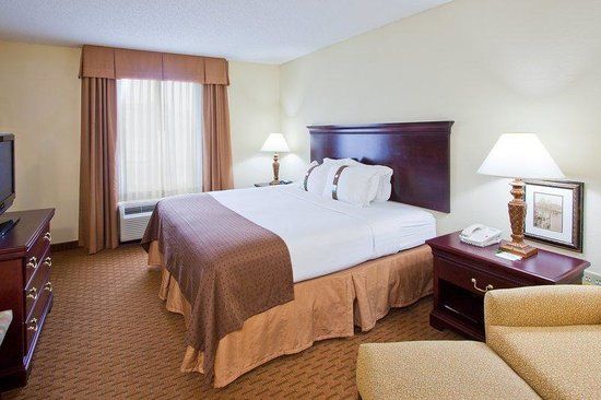 Holiday Inn Tallahassee Conference Center : Holiday Inn Tallahassee Conference N Center King Bed Guest Room