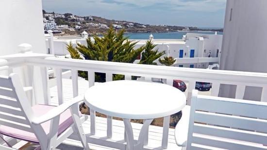 Petasos Beach Hotel & Spa: Hotel room balcony