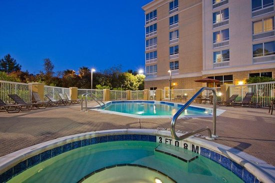 Holiday Inn Tallahassee Conference Center N Whirlpool