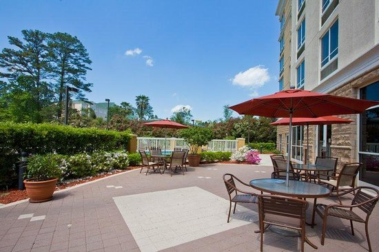 Holiday Inn Hotel & Suites Tallahassee Conference Center North : Holiday Inn Tallahassee Conference Center N Guest Patio