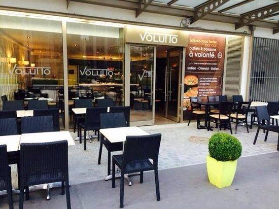 นองแตร์, ฝรั่งเศส: Volutto - Buffet et Boissons à volonté