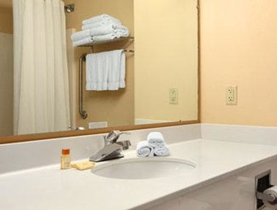 Days Inn Alta Vista: Bathroom