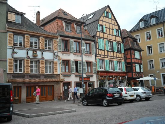Hotel le Colombier : Outside of the hotel
