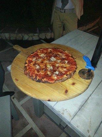 Hotel Club Sabbiadoro: la pizza al Sabbiadoro