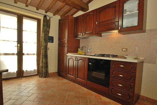 Cucina Ciliegio - Picture of Agriturismo La Casa del Sole ...