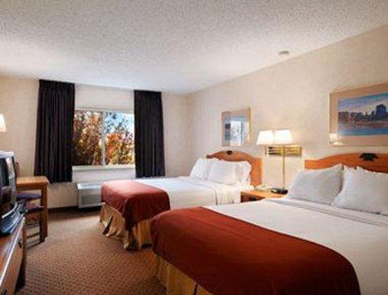 Days Inn & Suites Airport Albuquerque: Standard Double Room