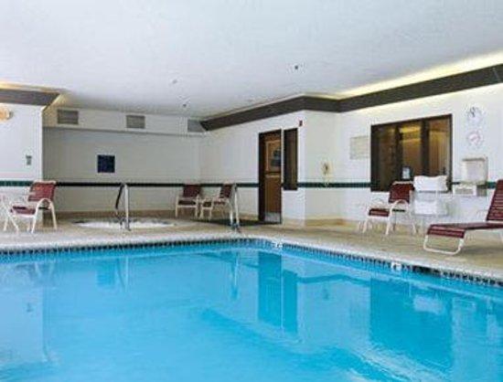 Days Inn & Suites Airport Albuquerque : Pool