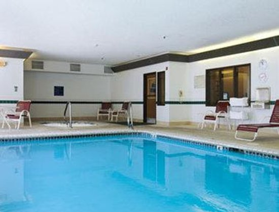Photo of Days Inn and Suites Airport Albuquerque