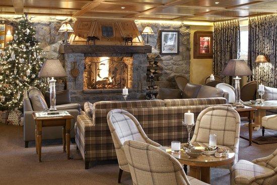 Hotel Le Grand Coeur & Spa: Cheminée du Bar