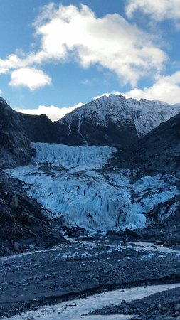 Fox Glacier Hiking Trails : The ice that blocked the trail. :-(
