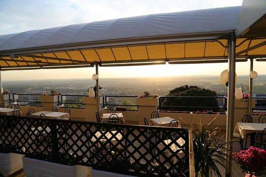 la terrazza - Picture of Eden Cassiano, Tivoli - TripAdvisor