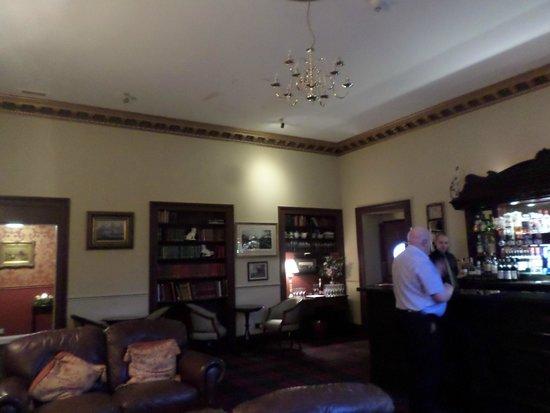 Melville Castle: lounge bar