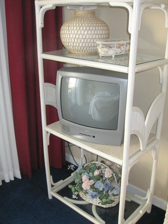 Ocean Creek Resort: Bedroom TV