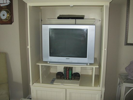 Ocean Creek Resort : Living room tv