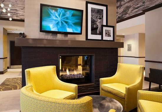 Hampton Inn by Hilton Shelton: Lobby